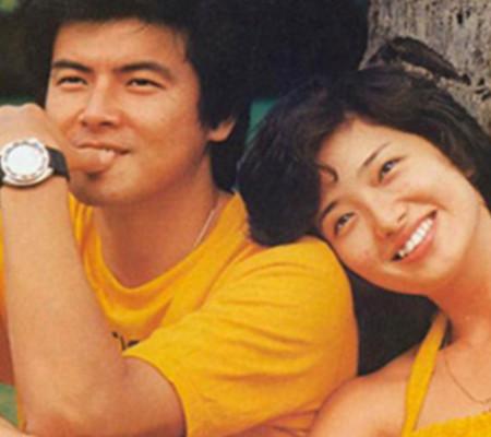 三浦友和山口百惠近照曝光 结婚近三十年恩爱如初图片