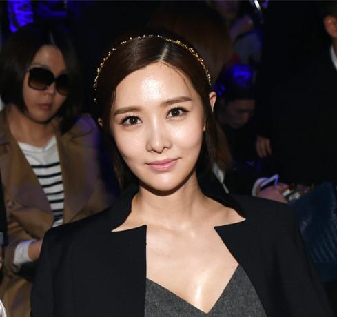 韩国女星潜规则图片_韩国潜规则女星名单
