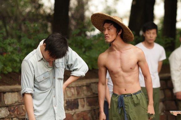 曝刘海柱扮演者小品 揭秘其人生的喜怒哀乐