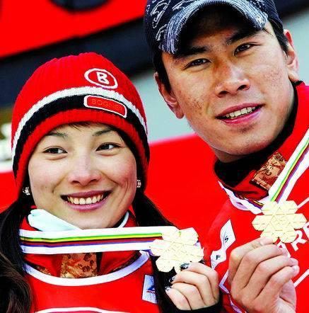 李妮娜老公左志坤是谁 奥运场上的白雪公主结婚了图片